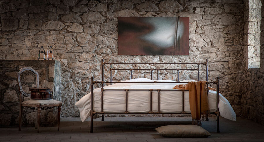steel pipe bed