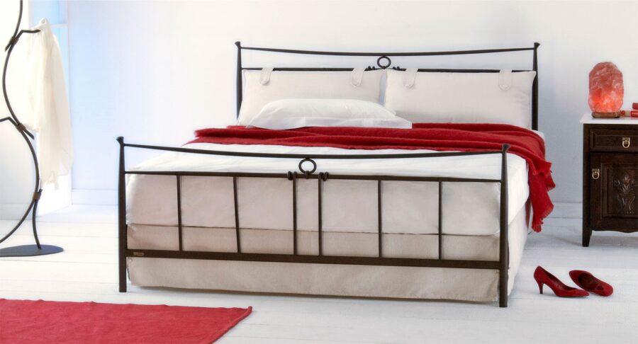 Κρεβάτι χειροποίητο ALEXIA