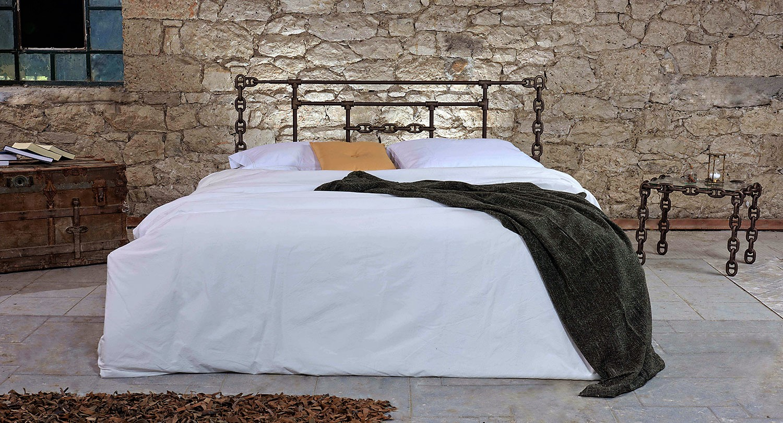 Σιδερένιο κρεβάτι industrial