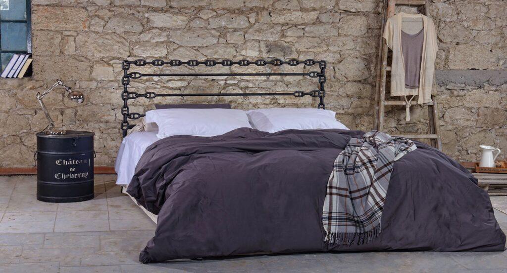 μεταλλικό κρεβάτι industrial