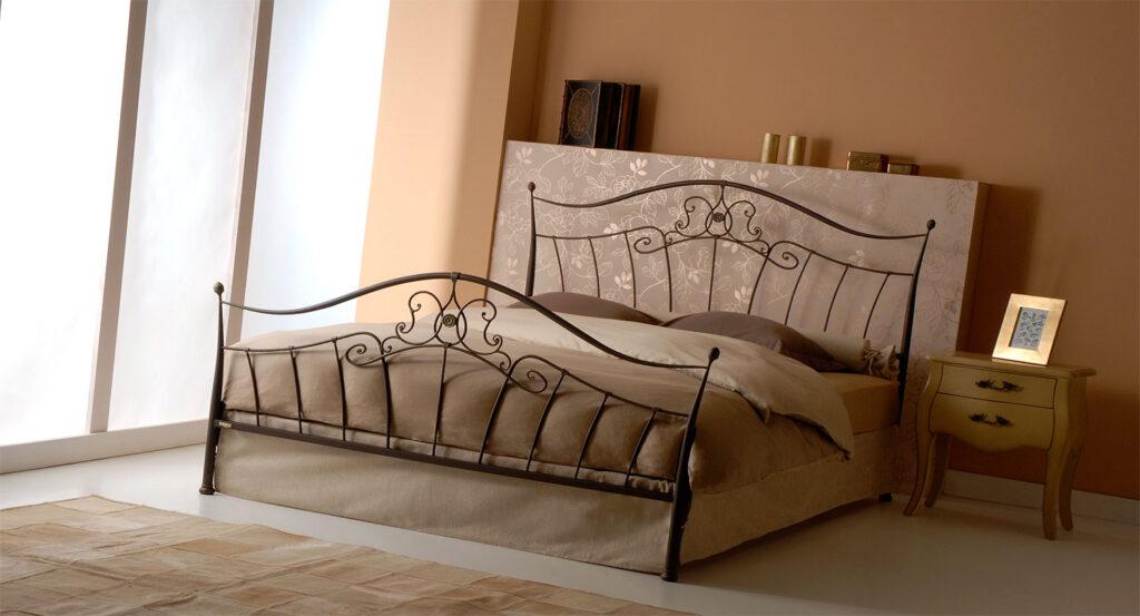 Vintage metal bed frame DALIA 01
