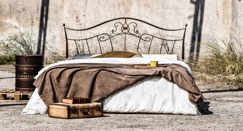 Vintage metal bed frame DALIA 02