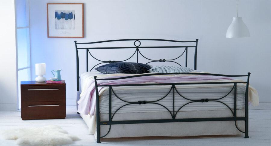 κρεβάτι μεταλλικό