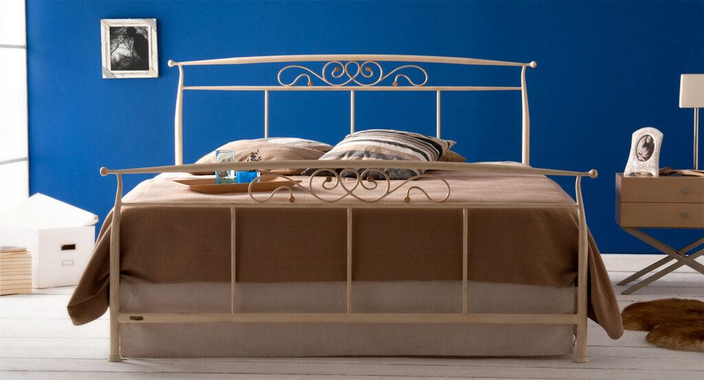 White metal bed frame LIA 01