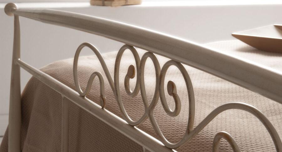 White metal bed frame LIA 03