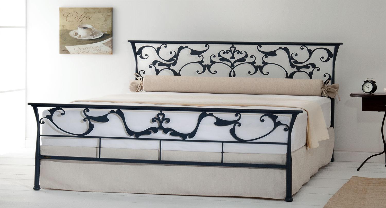 Κρεβάτι κλασσικού στυλ OASIS