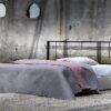 μεταλλικό κρεβάτι