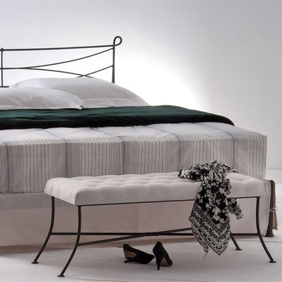 Wrought iron bedroom bench VOLCANO 02