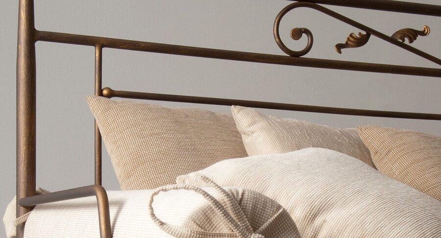 Metal sofa VERONA CLASSIC02