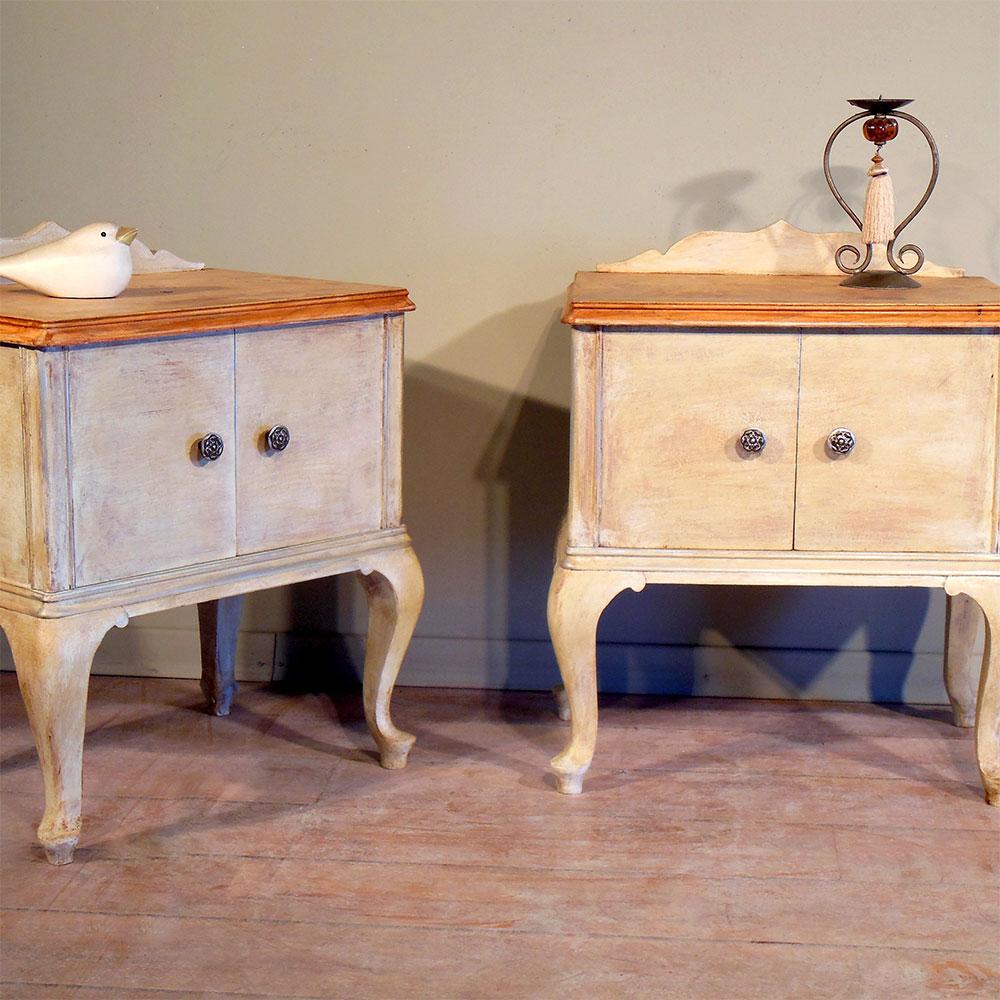 Σετ κομοδίνα ξύλινα vintage No.221