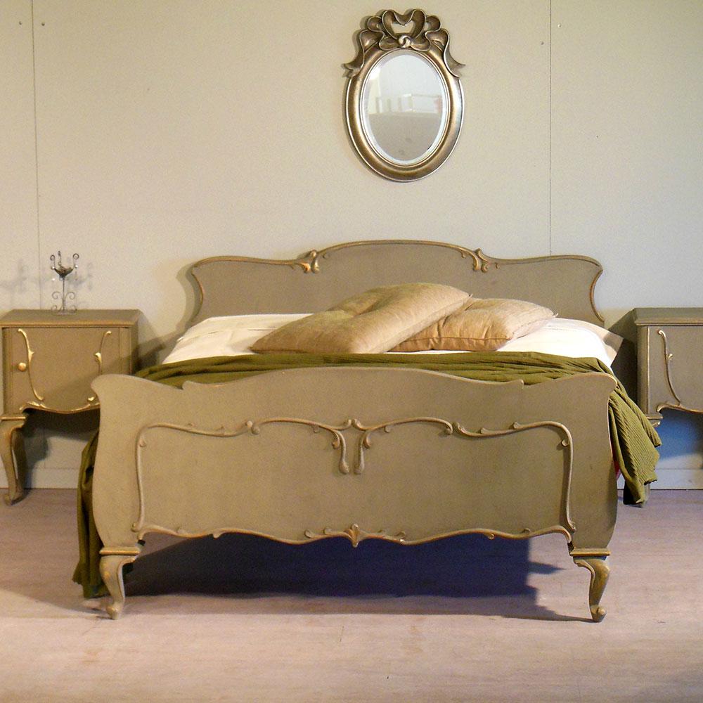 Κρεβάτι Vintage με Ορθοπεδικό Στρώμα No.219